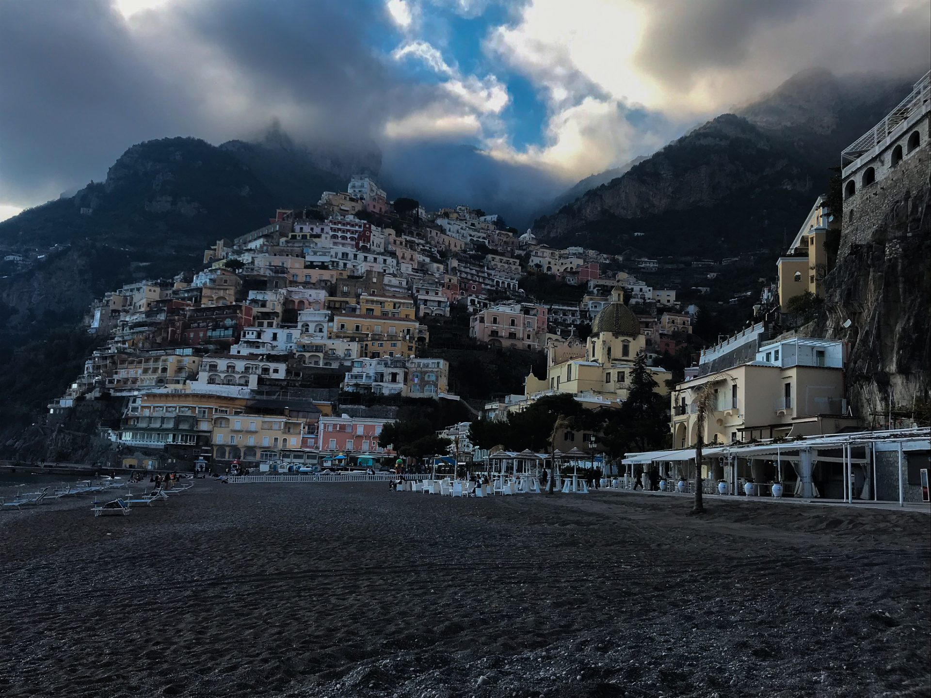 Jak zorganizować wyjazd do Positano
