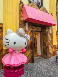 universal hello kitty