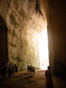 jaskinie na sycylii